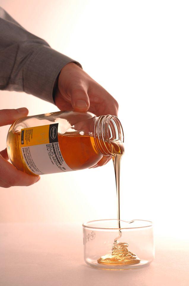 Loctite Benzoxazine-Harze bieten bei der Herstellung von Komposit-Bauteilen eine Reihe von Vorteilen entlang der gesamten Wertschöpfungskette.