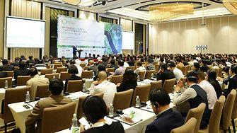 In einer Podiumsdiskussion äußerten sich TfS Mitglieder und Lieferantenvertreter zu Erfolgen und Herausforderungen bezüglich der Verwirklichung der TfS-Ziele in China.
