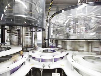 Knapp zehn Millionen Euro hat Henkel in die neue Produktionslinie am Standort Düsseldorf investiert.