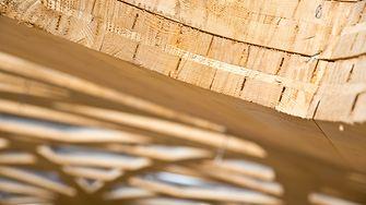 Mit Loctite Purbond verleimte Holzelemente des Daches.