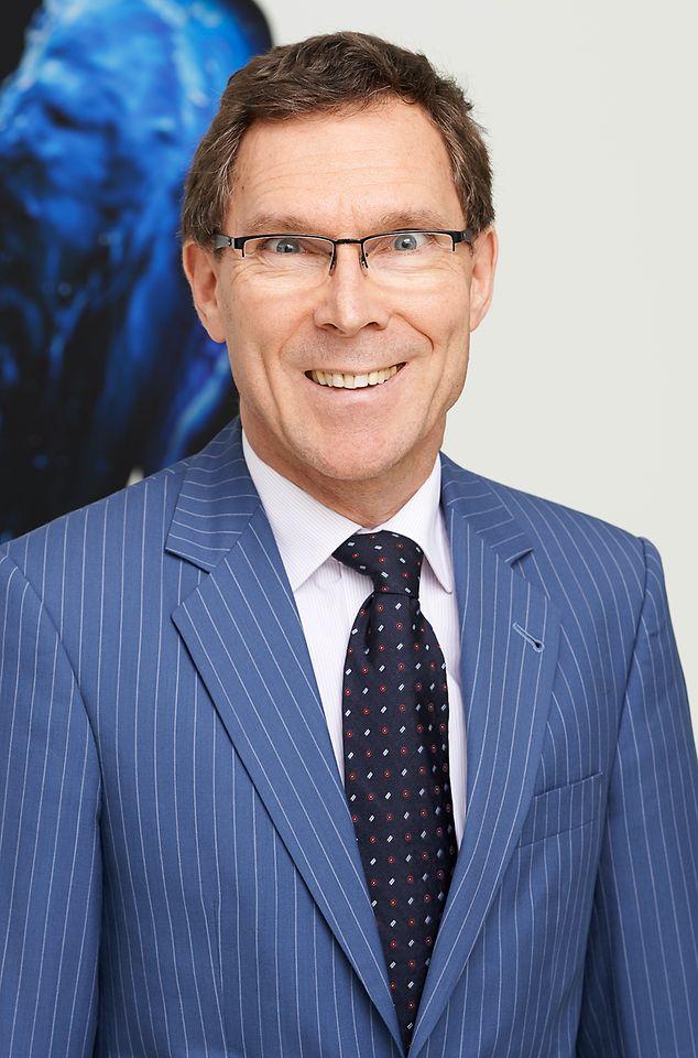 Dr. Thomas Förster, Head of R&D, Beauty Care