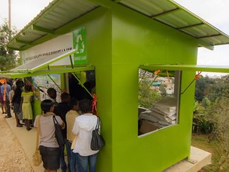 Henkel's partnership with the Plastic Bank will enable the construction of new collection centers in Haiti.