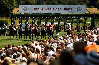 Rund 20.000 Besucher kamen zum 13. Henkel-Renntag auf dem Grafenberg.