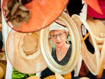 Schöne Hüte gehörten natürlich auch zum Henkel-Renntag.