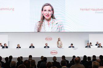 Dr. Simone Bagel-Trah eröffnet die diesjährige Hauptversammlung von Henkel